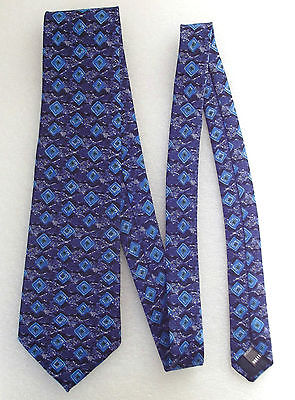English pure silk tie by St Bernard Blue pattern Squares